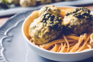 Pesto Chicken Meatballs-12