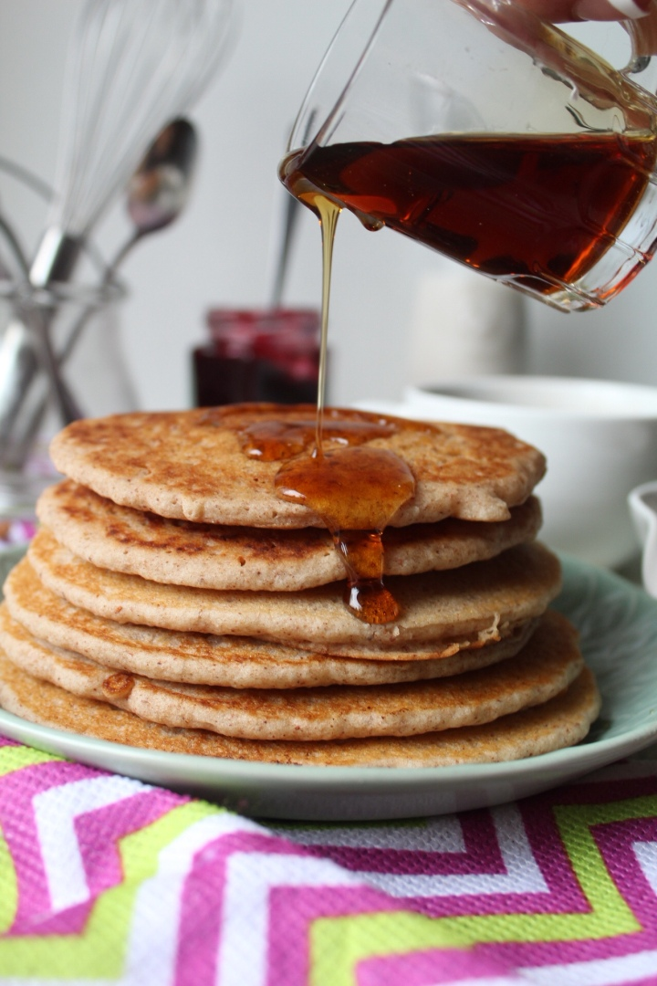 Vegan Apple Cinnamon Pancakes