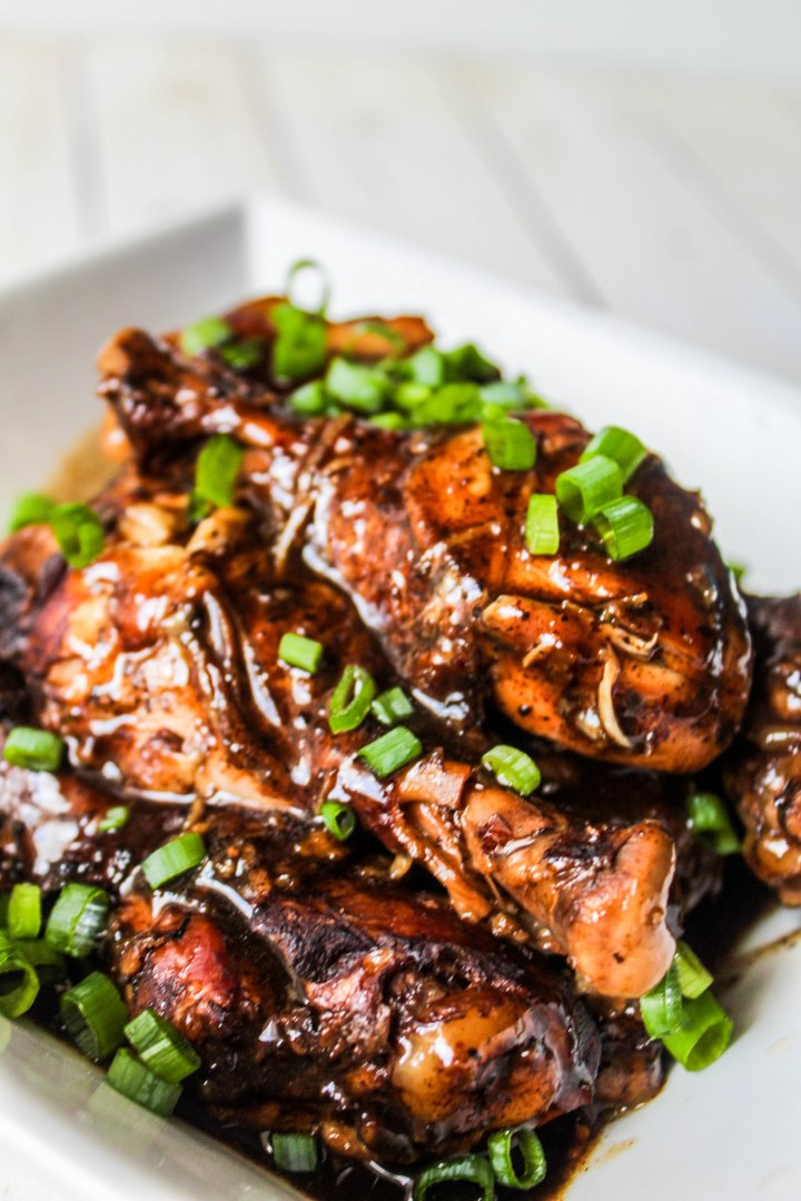 Slow Cooker Balsamic Chicken Legs